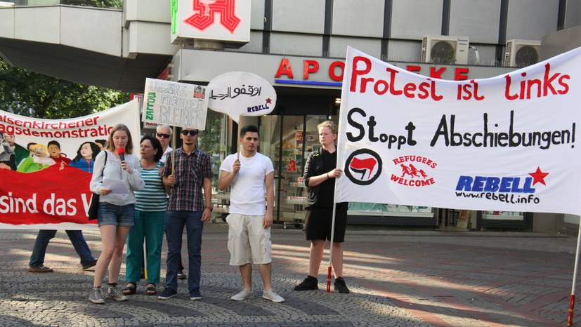 """""""Aufruhr gegen Abschiebung und Diskriminierung von Flüchtlingen"""""""