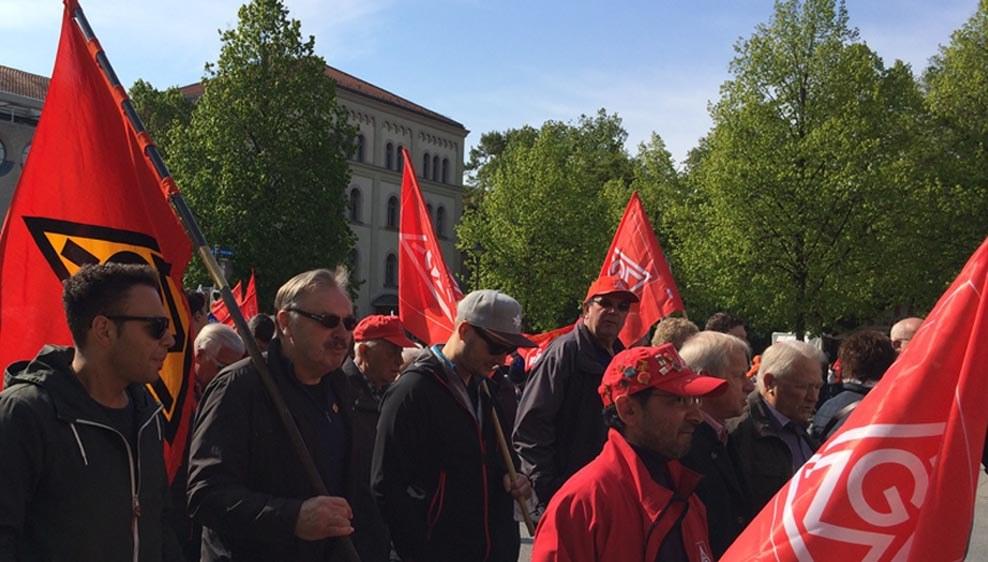 Arbeiter in die Offensive gegen das Betrugssystem der Autobauer