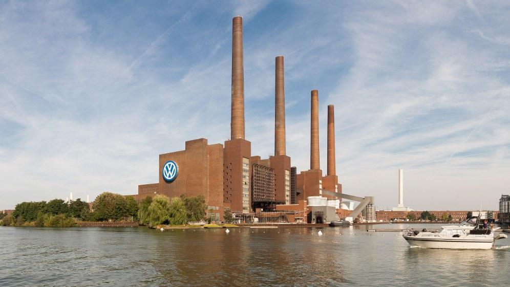 VW-Wolfsburg - größtes Werk im Stammland Niedersachsen (foto: Richard Bartz)