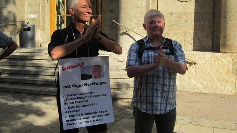 Verfahren zur sofortigen Weiterbeschäftigung von Siegmar Herrlinger bei Porsche