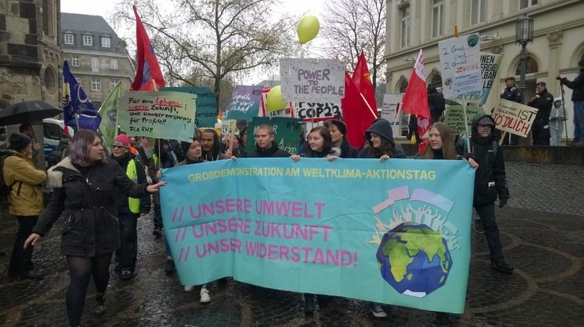 Kämpferische Umweltbewegung deutlich gestärkt – 2.000 Menschen demonstrieren gegen den UN-Gipfel