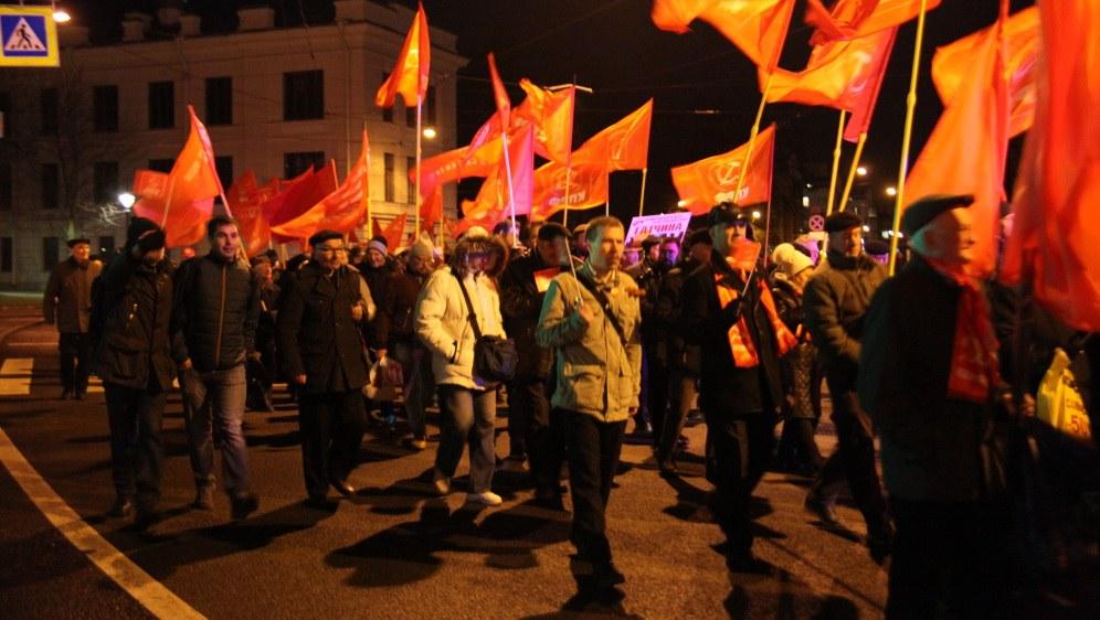 8.000 bis 10.000 Teilnehmer von vielen verschiedenen Organisationen zogen durch Sankt Petersburg (Foto: RF)