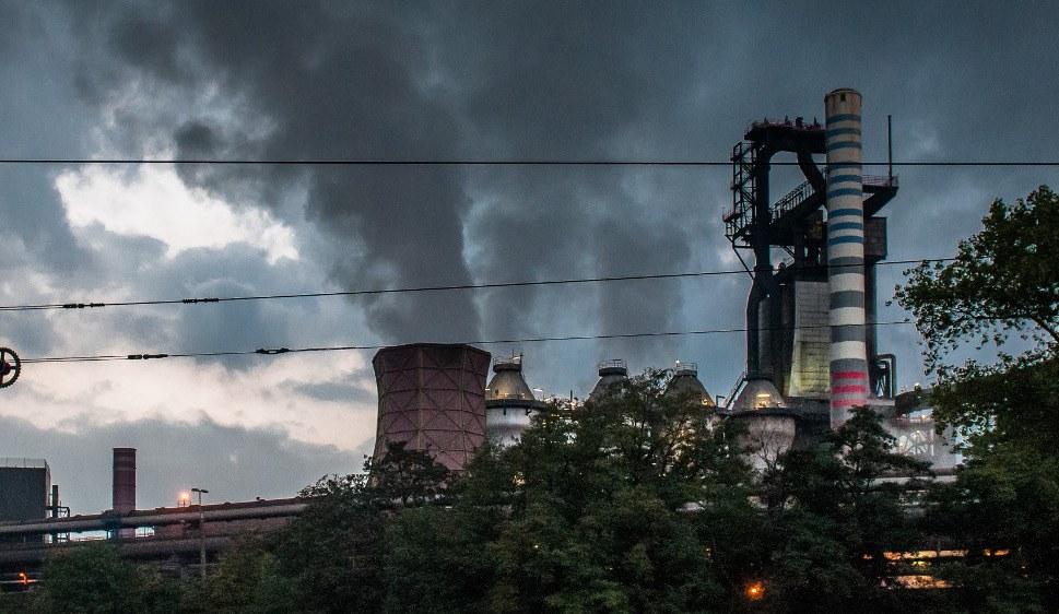 Hochofen bei tkSE in Duisburg (rf-foto)