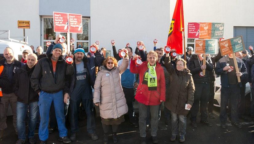 7000 Unterschriften für den Erhalt der Arbeitsplätze gesammelt