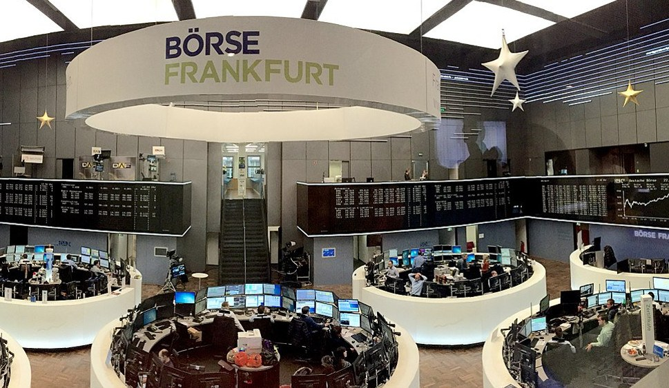 Blick in die Frankfurter Börse (foto: Pythagomath (CC BY-SA 4.0))
