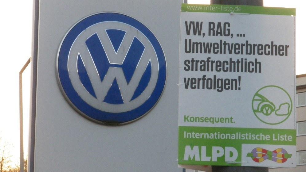 Mit diesem Plakat positionierte sich die Internationalistische Liste/MLPD angriffslustig im Wahlkampf (Foto: RF)