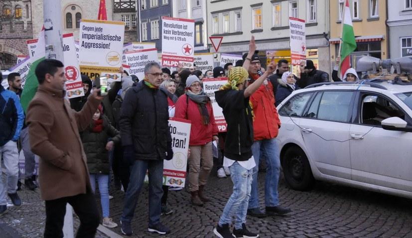 """Wie die AfD als Schein-""""Opposition"""" irreführen und spalten will"""
