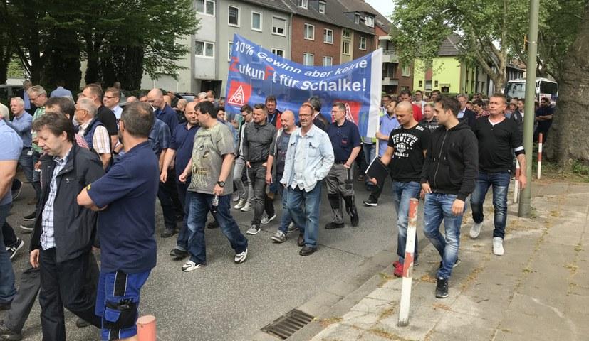 Kämpferische Stimmung und Solidarität bei der Betriebsversammlung