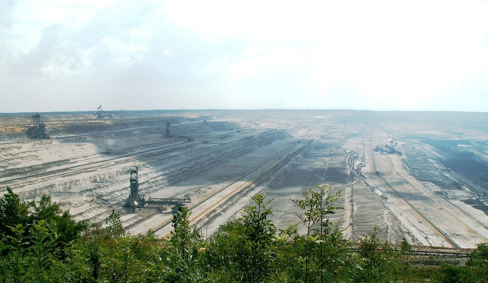 Braunkohleabbau im Tagebau Hambach (foto: gemeinfrei)