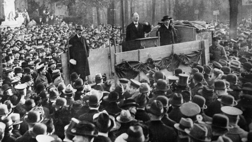 Heute vor 100 Jahren: Ausrufung der sozialistischen Republik