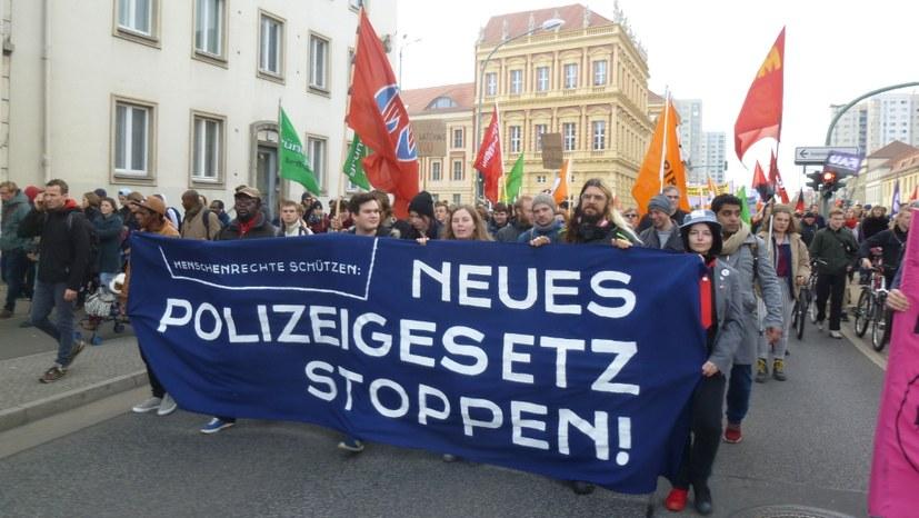 """Über 2.300 Menschen sagen """"Nein"""" zum Polizeigesetz Brandenburg"""