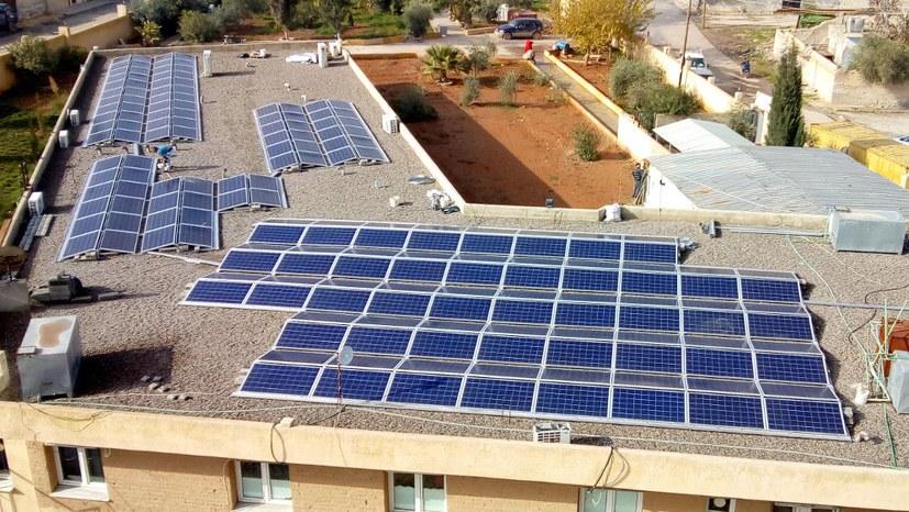 Weltweit gegen Angriffe auf Mensch und Natur - Photovoltaik in Kobanê