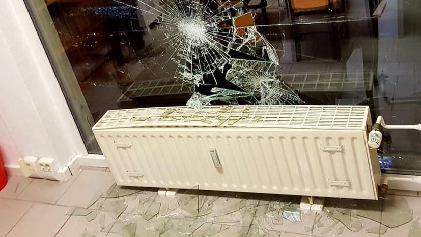 Angriff auf Wahlkreisbüro von Sevim Dagdelen