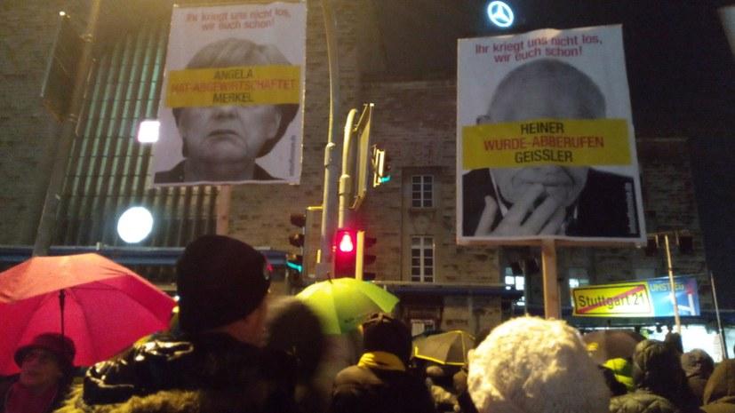 Ausdauernder Protest gegen desaströses Bahnprojekt