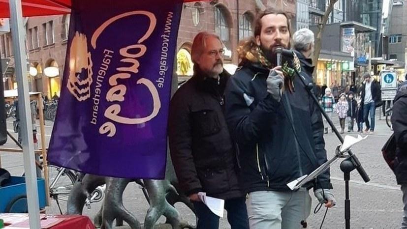 """Erfolg! """"Zelt der Solidarität""""sammelt viele Unterschriften für die neue Petition"""