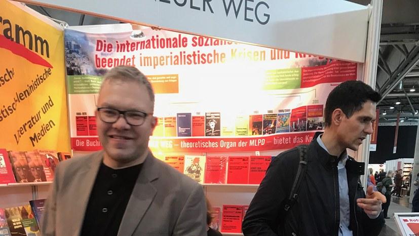 Buchmesse: Gute und tiefgehende Gespräche am VNW-Stand