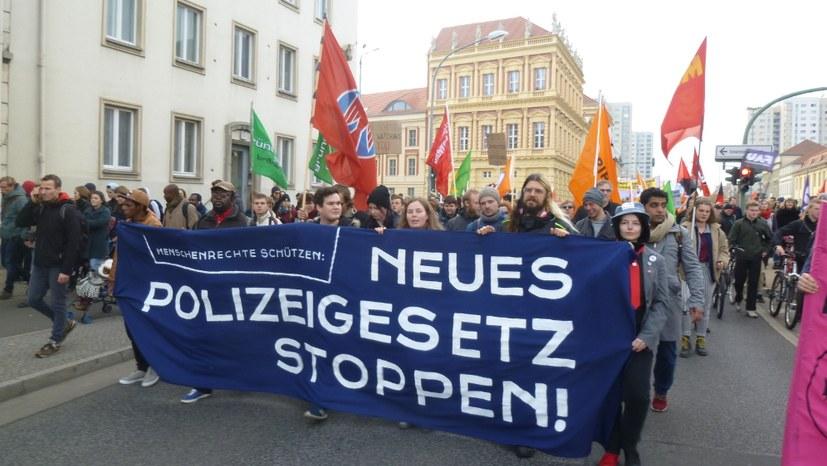 Das neue Polizeigesetz und die Offenbarung der Linkspartei-Führung