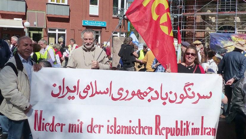 Internationalistisches Bündnis tritt bei Ostermarsch gemeinsam auf