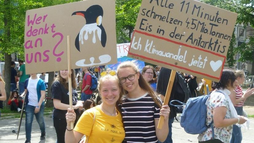 "Demo in Berlin: ""Wie weiter?"""