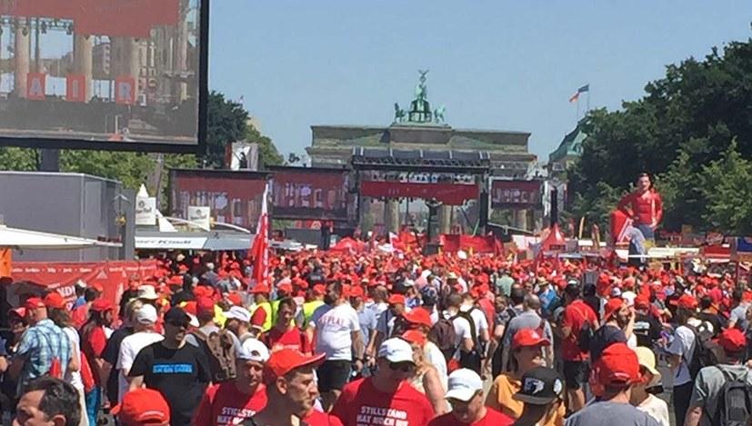Mehr als 50.000 bei IG Metall-Demonstrationen und -Kundgebung