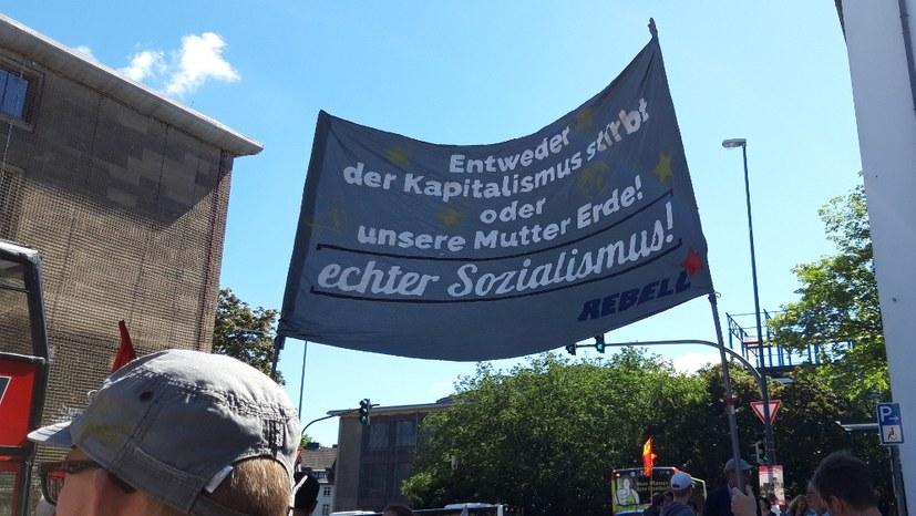 REBELL-Block auf der Demo am 21. Juni in Aachen