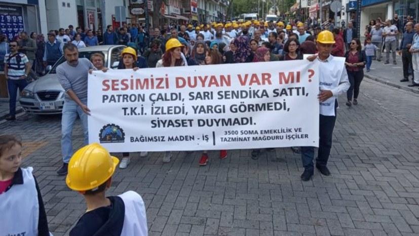 Bergleute von Soma protestieren mit Sit-in