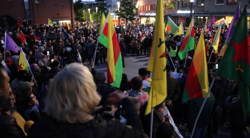 Welle der Proteste und des Widerstand gegen Erdogans imperialistischen Überfall