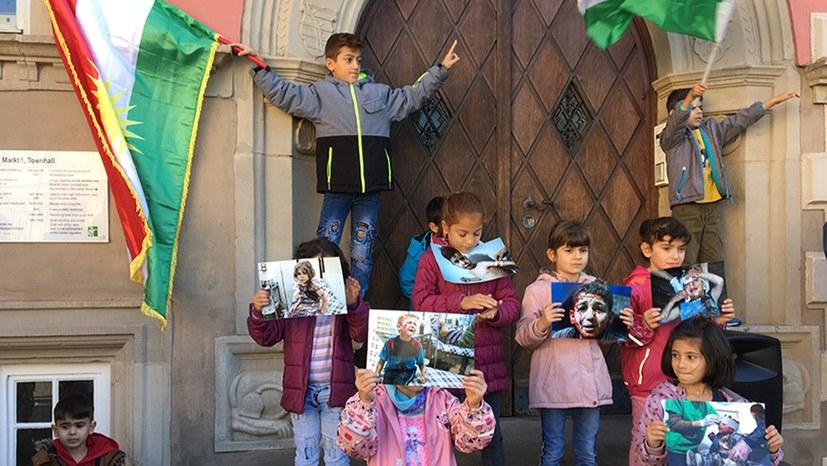 Gemeinsamer Protest von Kurden und Deutschen
