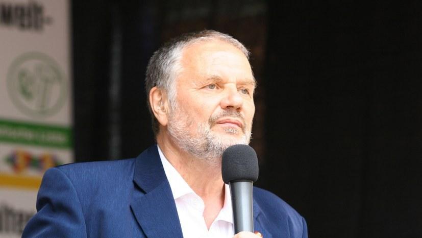 """Stefan Engel beantwortet Fragen auf """"Kandidatenwatch"""""""
