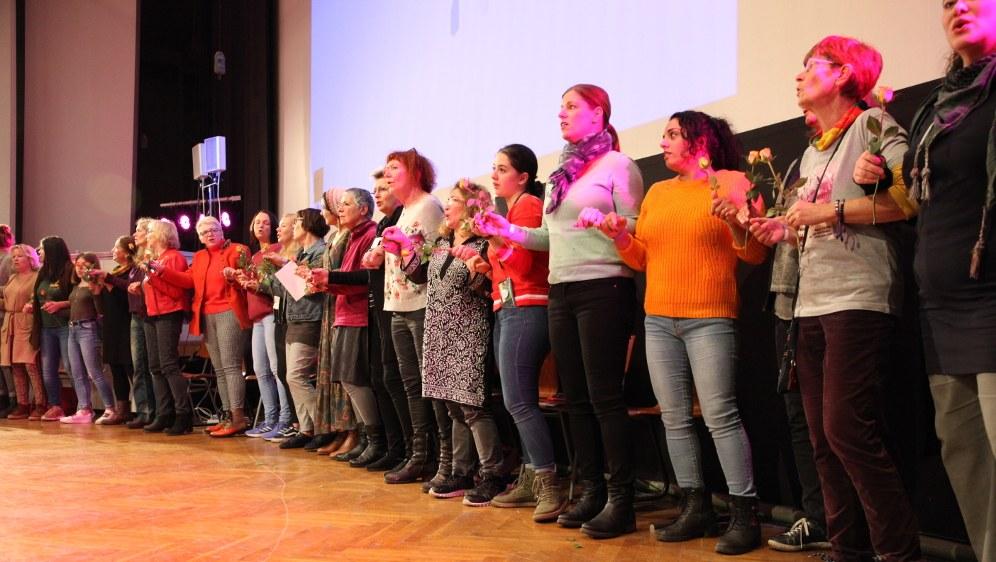 Die neugewählten Mitgliedsfrauen des Kämpferischen Frauenrats (Foto: RF)