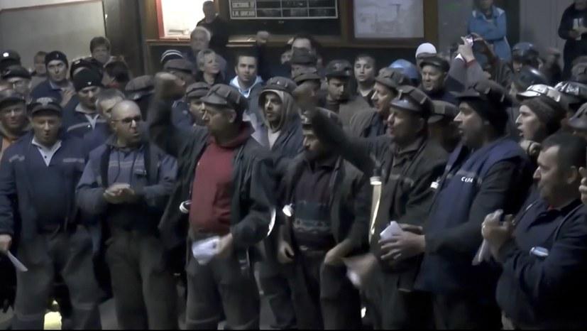 13. Streiktag in den Minen Parosani und Urinani im Schiltal / Rumänien