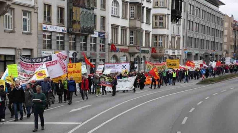Erfolg des Widerstands gegen Hartz IV - der Kampf geht weiter!