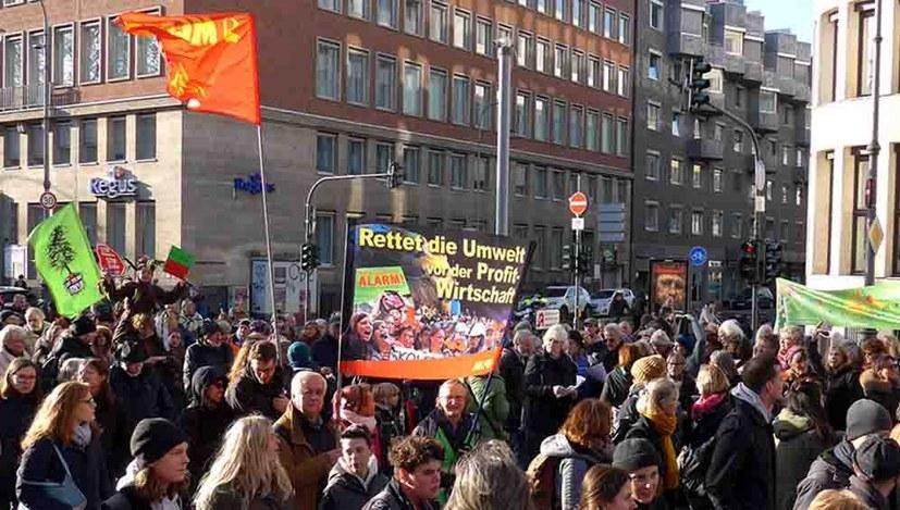 """""""Verwaltungsgericht Stuttgart gab dem Antrag der MLPD Recht"""""""