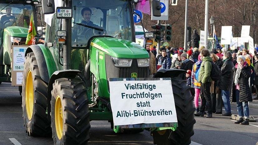 Engerer Schulterschluss zwischen Bauern- und Umweltbewegung