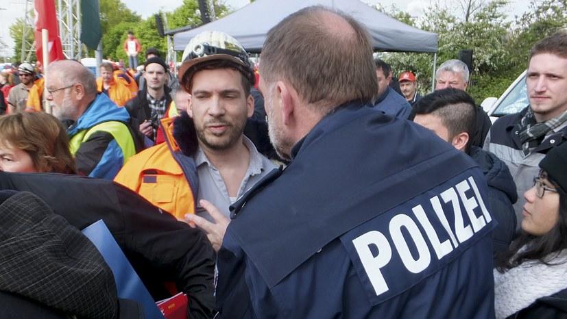 Warum Deutschland verschärft erkämpfte demokratische Rechte und Freiheiten abbaut